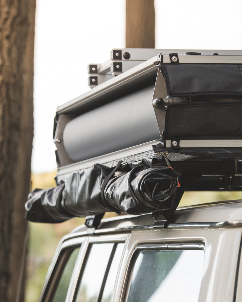 Crow's Nest Regular Rooftop Tent - Grey