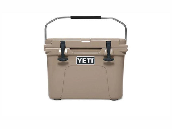 YETI ROADIE 20 HARD COOLER