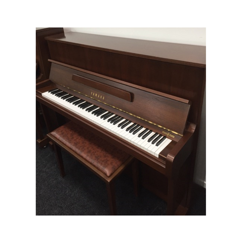 Yamaha W116 Upright Piano