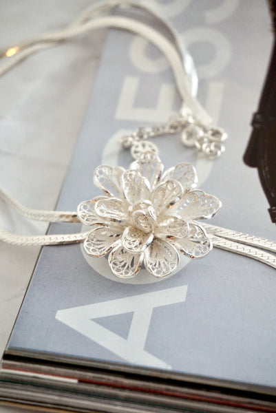 Silver Filigree Flower Necklace