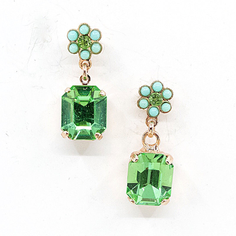 Sparkling Green Crystal Posts by AMARO