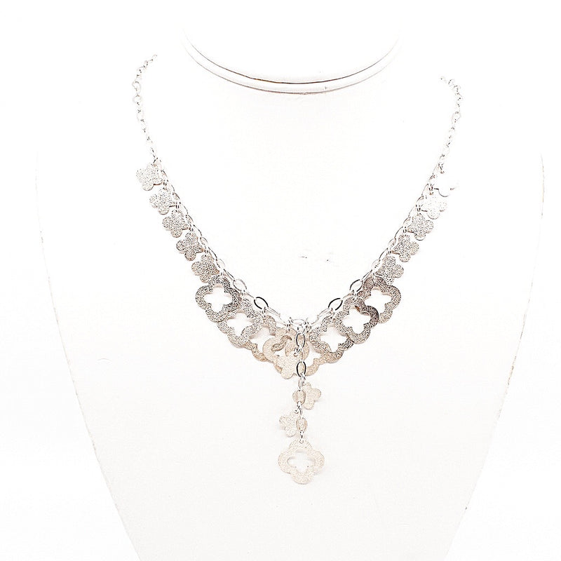 Silver Chic Clover Necklace