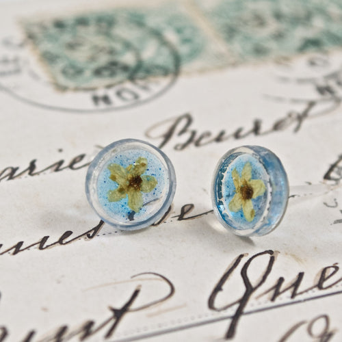 Dried Flower Button  Earrings