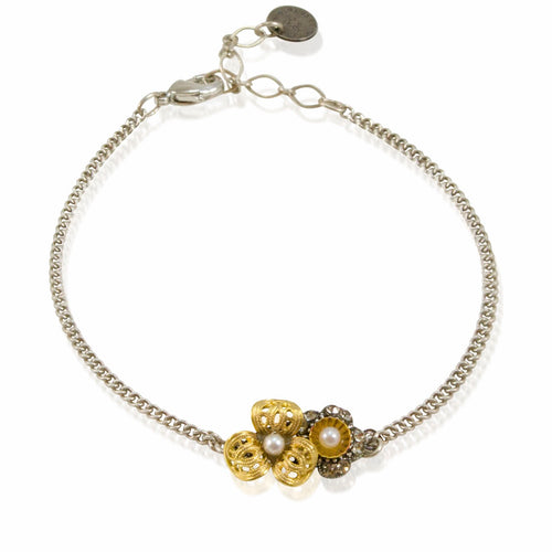 Flower Chain Bracelet by Eric et Lydie
