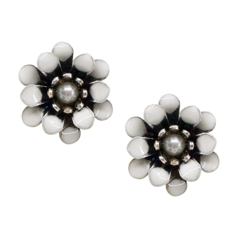 White Flower Post Earrings by Eric et Lydie