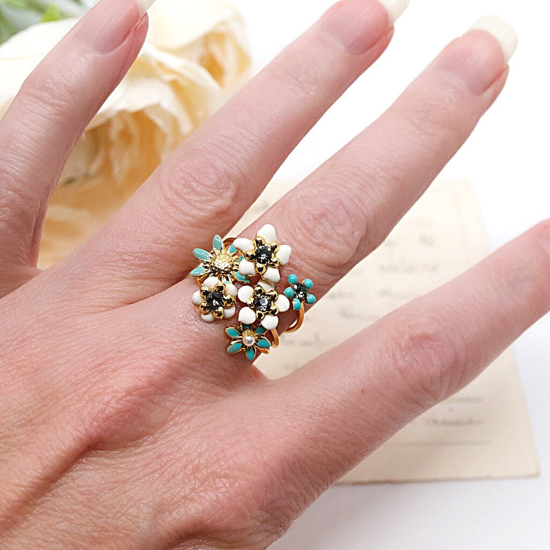 Sea Foam Green Floral Stackable Ring by Eric et Lydie