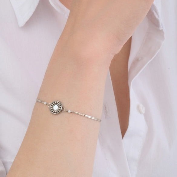 Dainty Silver Chain Bracelet by Satellite Paris