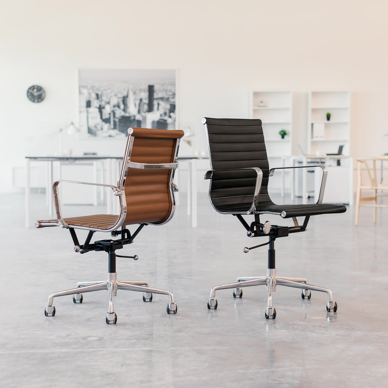 SOHO Ribbed Management Chair (Dark Brown)