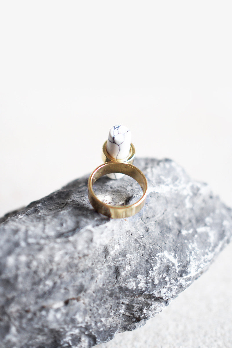 Cruth Bar Ring in White Marble