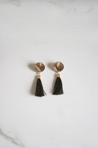 Anda Tassel Earrings in Olive