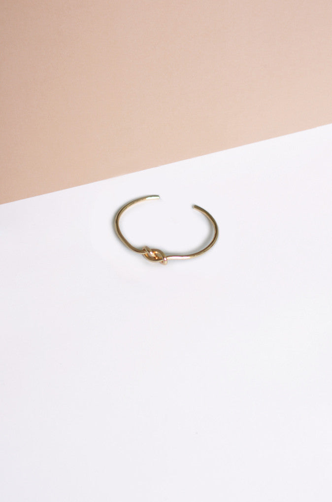 Dryun Double Knot Bracelet in Gold