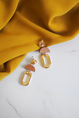 Lilah Tassel Earrings in Pink [27% OFF]