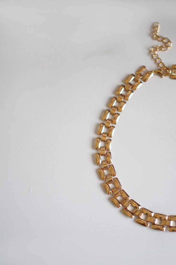 Hra Chain Choker in Gold