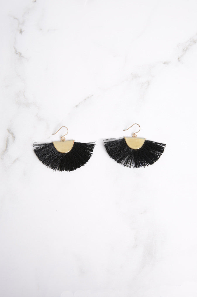 Lara Fan Earrings in Black