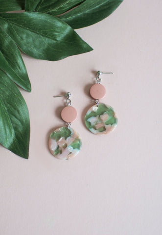 Leisel Wooden Earrings in Green & Pink