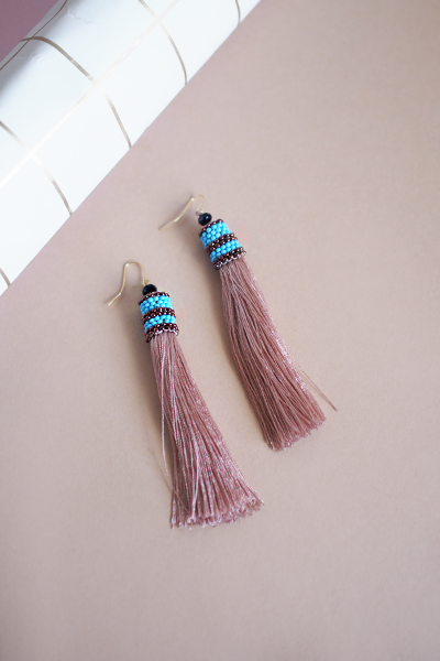 Lilah Tassel Earrings in Rose Taupe