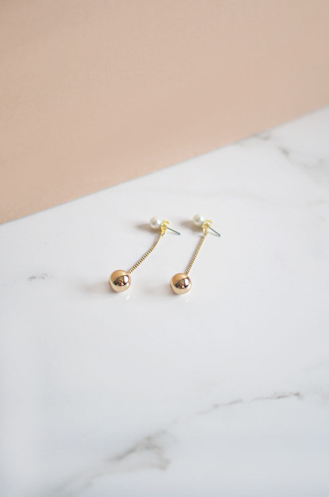 Neam Drop Earrings in Gold