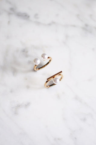 Oisre Ring Set with Faux Pearls in Gold