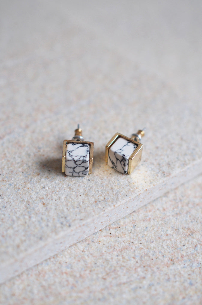 Sera Marbled Studs in Gold [LAST PIECE]