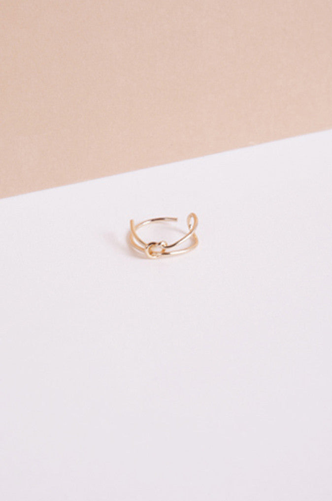 Synx Knotted Ring in Gold [28% OFF]