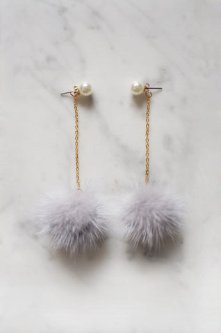 Taggloo Ear Poms in Grey