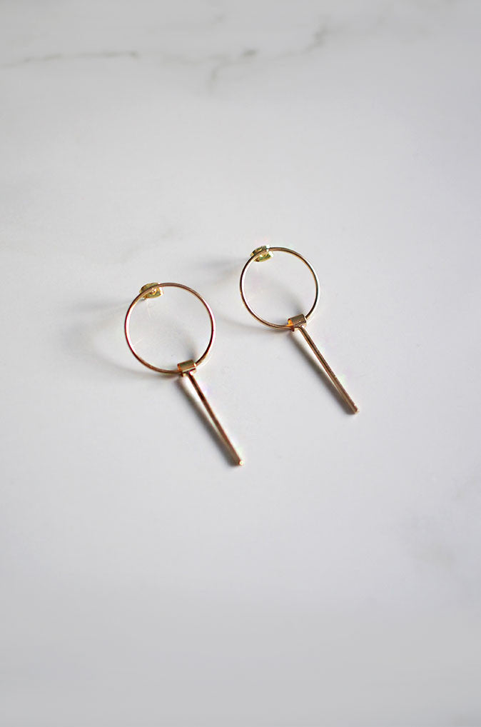 Tai Earrings in Gold (Short)