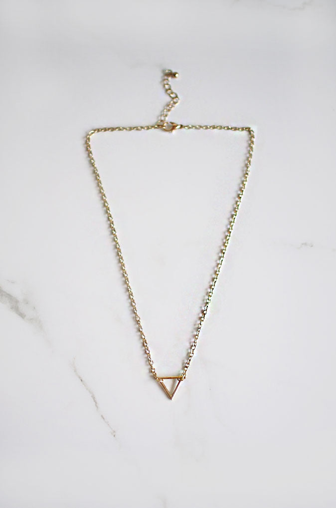 Simple Triangle Necklace in Gold [47% OFF]