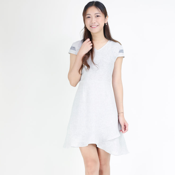 Lace sleeves ruffle hem dress