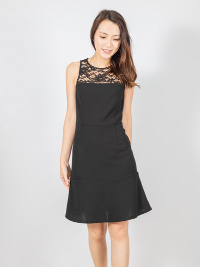 Clara slim cut lace dress