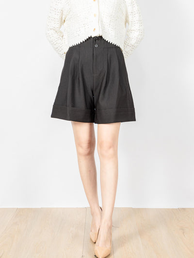 Daisy tailored black short pants