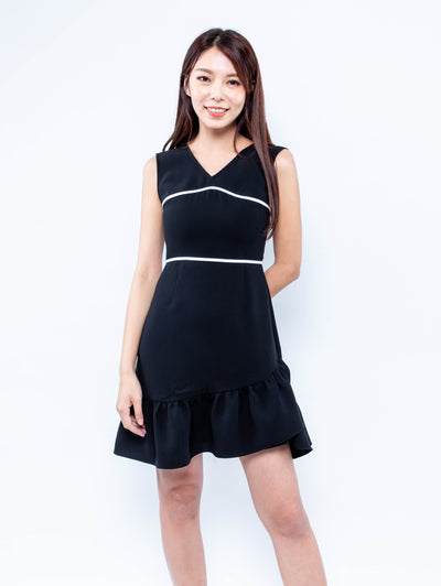 Gaily black contrast line dress