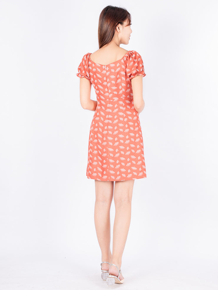 Gaily printed front ruched pink dress