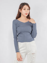 Joshie v neck knit top