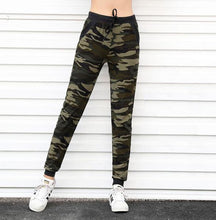 Load image into Gallery viewer, Camouflage Drawstring Sweatpants