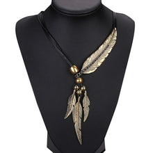 Load image into Gallery viewer, Alloy Feather Vintage Chain Pendant Necklace - zoviana