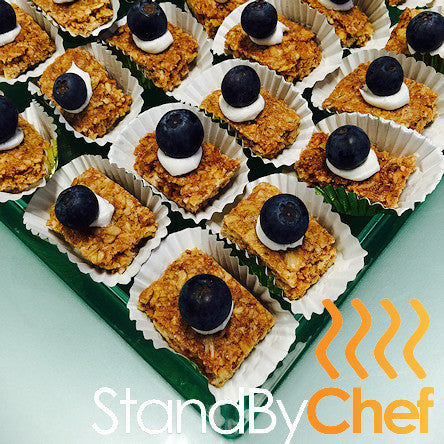 Cereal bar with blueberry and cream healthy breakfast for Breakfast canape