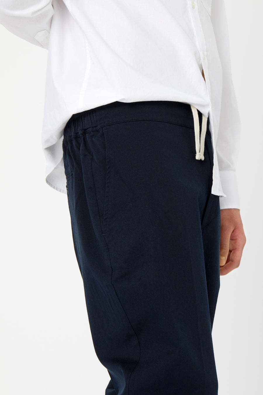 ILLUSION TROUSER - Fine Texture