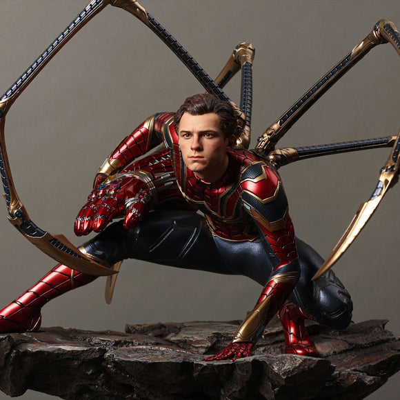 Queen Studios Iron Spider-man (Regular Edition) 1/4 Scale Statue