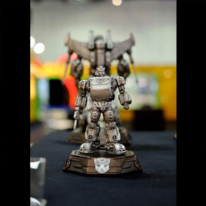 XM Studios Bumblebee 12 Inch Scale Statue (Transformers / Silver Color)