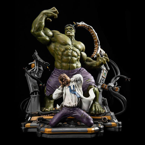 XM Studios Hulk Transformation 1/4 Scale Statue