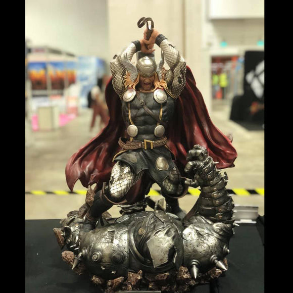 XM Studios Modern Thor 1/4 Scale Statue