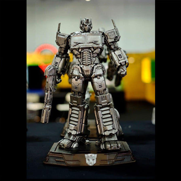 XM Studios Optimus Prime 12 Inch Scale Statue (Transformers / Silver Color)