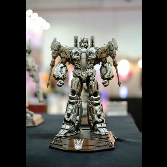 XM Studios Starscream 12 Inch Scale Statue (Transformers / Silver Color)
