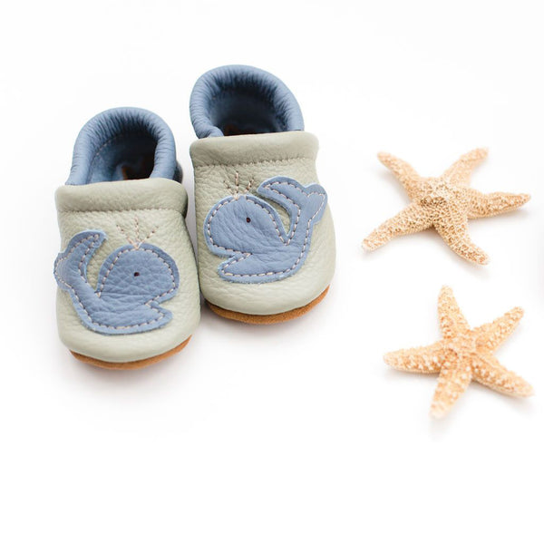 Starry Knight Design Baby Leather Shoes with Design blue whales on tea green