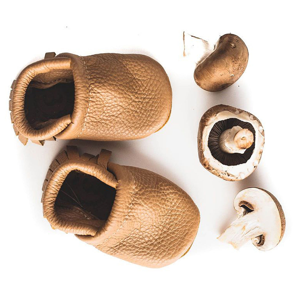 Starry Knight Design Baby Leather Moccasins oat light brown beige