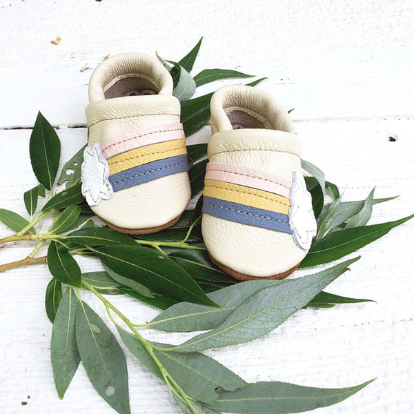Starry Knight Design Baby Leather Shoes with Design rainbow cream