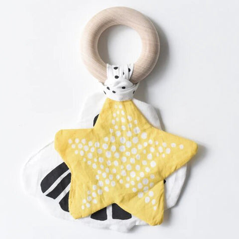 Wee Gallery Starfish Crinkle Teether Infant Baby Toy white black yellow