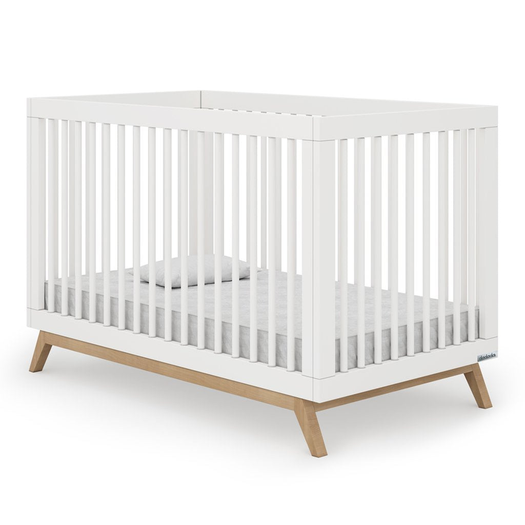 dadada White + Natural Soho 2-in-1 Convertible Crib to Toddler Bed Furniture beige