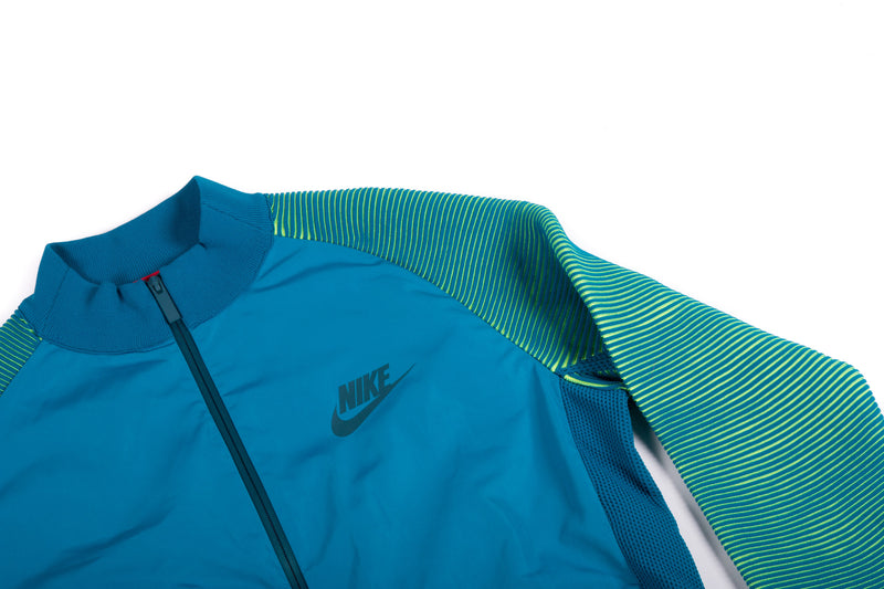 Nike - Sportswear Dynamic Reveal (Green Abyss/Midnight Turquoise)