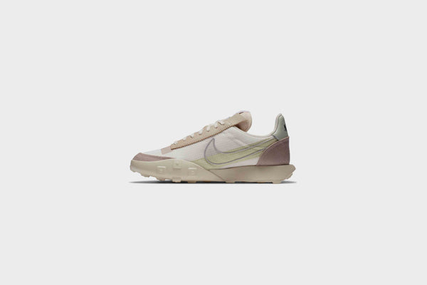 WMNS Nike Waffle Racer LX Series QS (Pale Ivory/Silver-Muslin)
